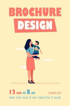 Jovem mãe segurando uma criança pequena nos braços, modelo de panfleto