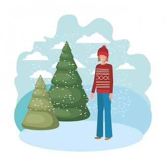 Jovem mulher com roupas de inverno e pinheiros de inverno