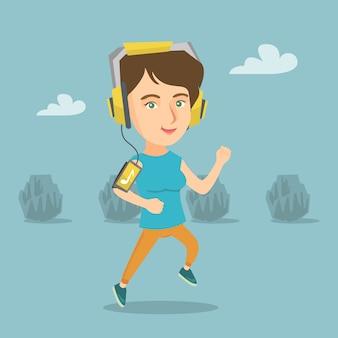 Jovem mulher correndo com fones de ouvido e smartphone.
