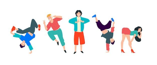 Jovens que dançam os jovens se divertem e se divertem ao máximo