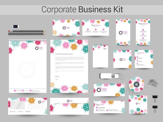 Kit de identidade corporativa com flores coloridas.