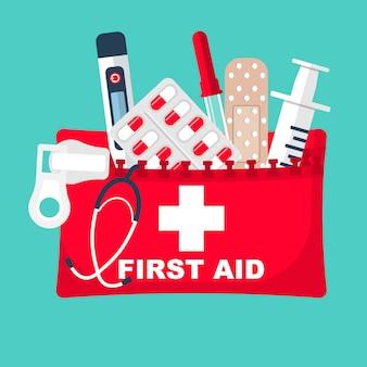 Kit de primeiros socorros. equipamentos médicos e medicamentos.