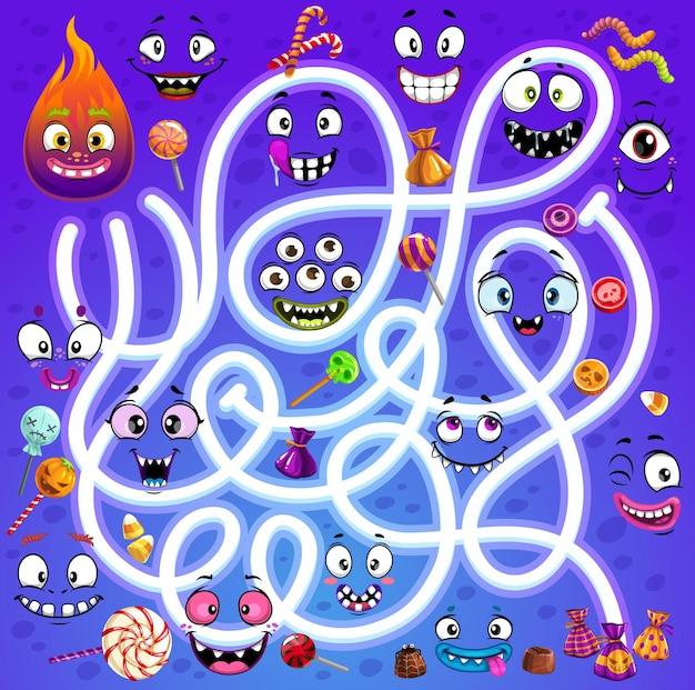 Labirinto de labirinto infantil com rostos de monstros de halloween