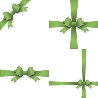 Laço de fita verde em branco.