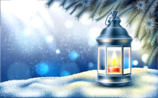 Lanterna de natal de vetor na neve perto de galhos de árvore de abeto gelado congelados no inverno no fundo desfocado