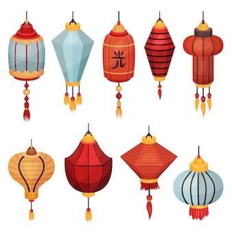 Lanterna de rua de papel chinês de diferentes formas e cores, elementos decorativos para ilustrações festivas em um fundo branco