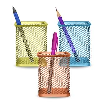 Lápis simples realista e duas canetas, escritório e artigos de papelaria na cesta no fundo branco, ilustração