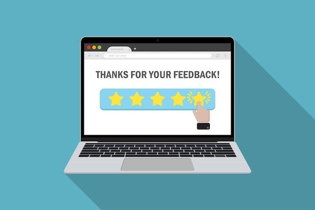 Laptop com avaliação de produto de escolha do cliente na classificação por estrelas em um design plano