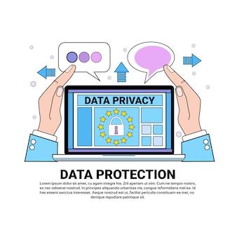 Laptop de escudo de nuvem de segurança de dados protege palmas