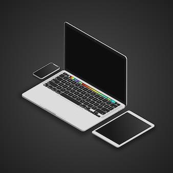 Laptop, tablet e smartphone em tela cheia