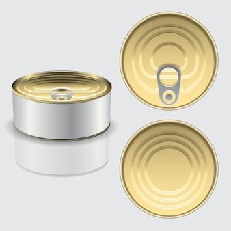Lata de metal pode peixe ou comida com rótulo branco em branco isolado no branco