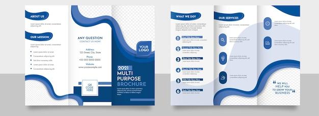Layout de modelo de maquete de brochura de três dobras na cor azul e branco.
