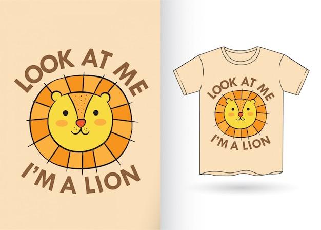 Leão bonito dos desenhos animados para a camisa de t