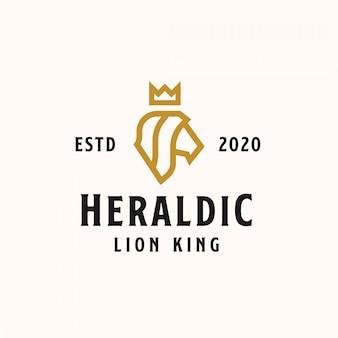 Leão de cabeça heráldica com modelo de logotipo de coroa de cor dourada. logotipo vetorial