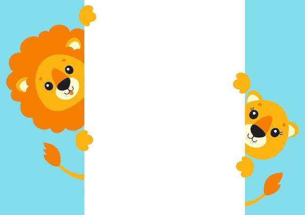 Leão e leoa engraçados personagem de desenho animado bonito segurando um pôster branco em branco com lugar para texto