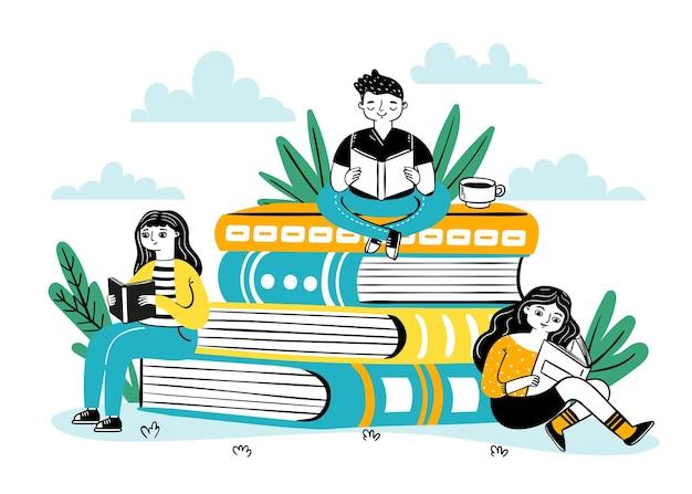 Lendo na pilha de livros. alunos felizes sentam-se em uma grande pilha de livros, leem e aprendem. cartaz do festival de livros para livraria, conceito de vetor de biblioteca. treinamento e estudo de ilustração, pilha de livros