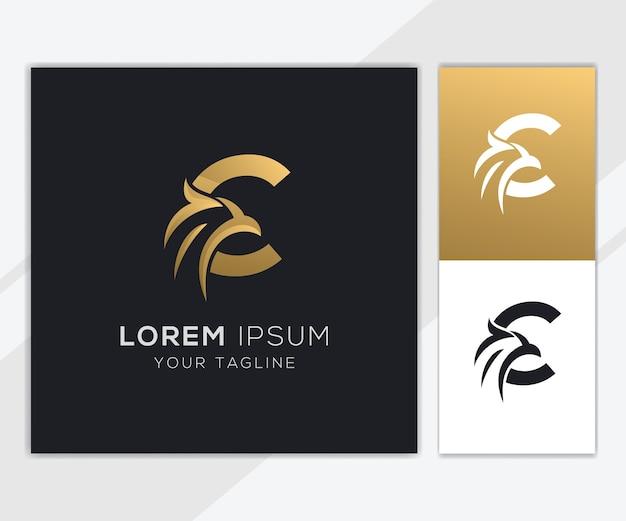Letra c com modelo de logotipo de águia abstrato de luxo