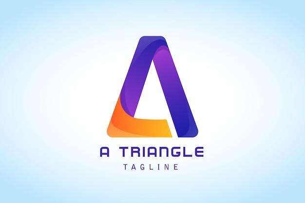 Letra do triângulo laranja roxo um vetor de logotipo gradiente