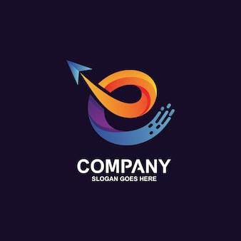 Letra e e logotipo de seta