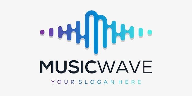 Letra m com pulso. elemento leitor de música. modelo de logotipo música eletrônica, equalizador, loja, dj, boate, discoteca. conceito de logotipo de onda de áudio,