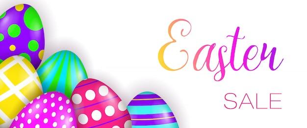 Letras de venda de páscoa e ovos pintados