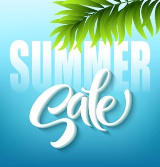 Letras de venda de verão sobre fundo azul.