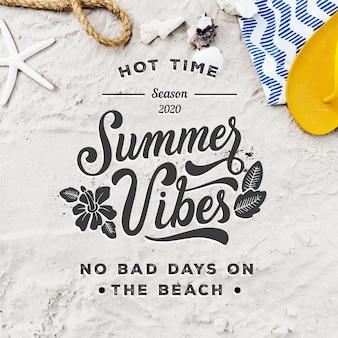 Letras de verão com praia e estrela do mar