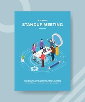 Levante-se para conhecer pessoas, trabalho em equipe, discussão na área de trabalho para modelo de folheto