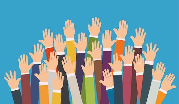 Levantou as mãos.