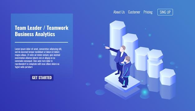 Líder da equipe, trabalho em equipe, dois empresário permanecer no fundo gráfico de crescimento