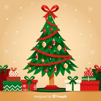 Linda árvore de natal com caixas de presente