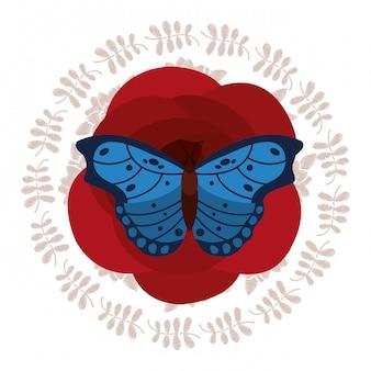 Linda borboleta azul na coroa de decoração de flores
