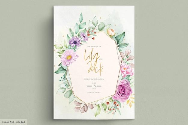 Lindas flores em aquarela cartão de casamento