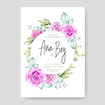 Lindo cartão de casamento com flores e folhas