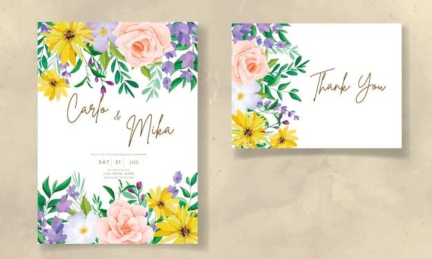 Lindo cartão de convite de casamento de flores silvestres