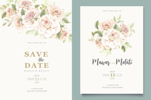 Lindo conjunto de cartão de convite de rosas macias