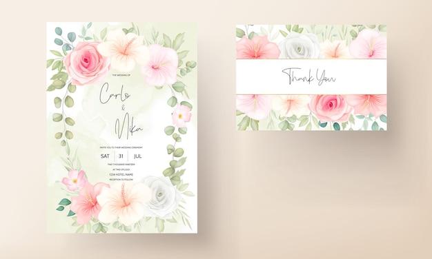 Lindo modelo de cartão de convite de casamento floral desenhado à mão
