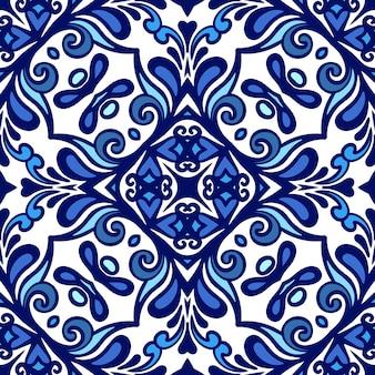 Lindo padrão de decoração de inverno sem costura com ornamentos de azulejos orientais azuis e brancos