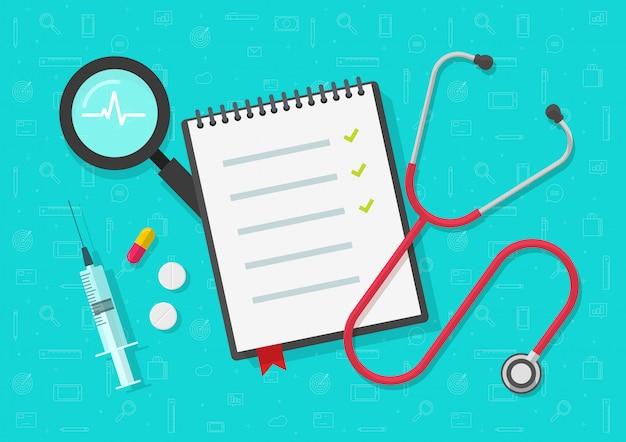 Lista de verificação médica ou bloco de notas na vista superior da mesa de trabalho com marcas de seleção