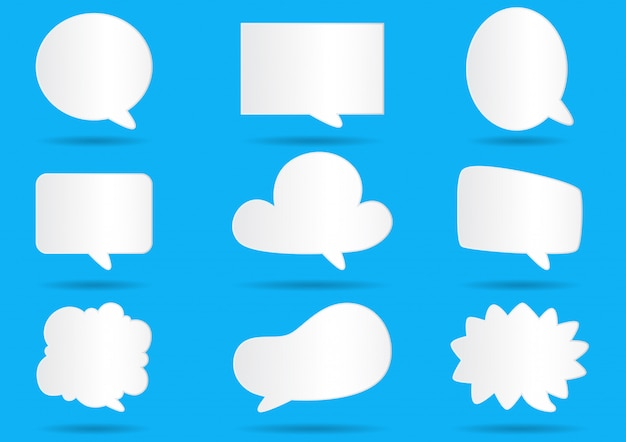 Livro branco bolhas de comunicação para discurso sobre fundo azul