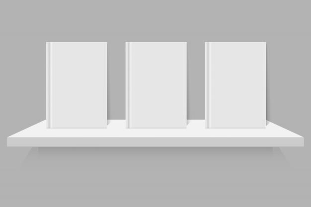 Livro branco vazio na prateleira