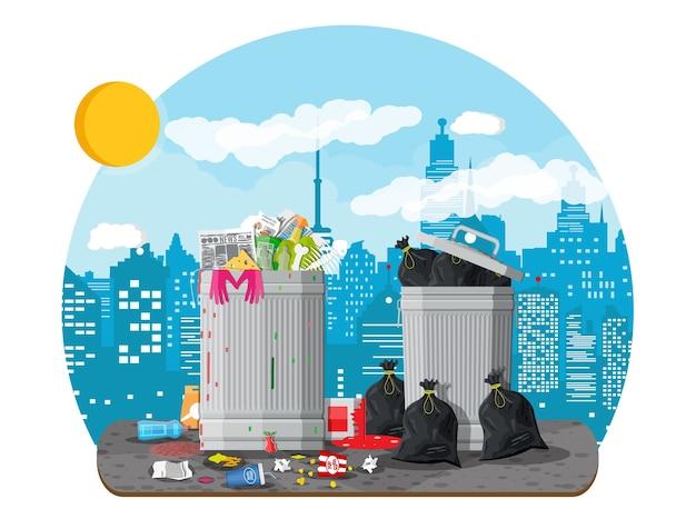 Lixeira de plástico cheia de lixo.