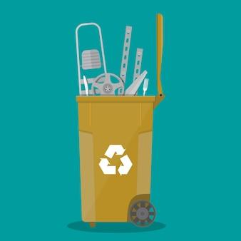 Lixeira para lixo cheio de coisas de metal