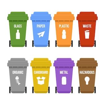 Lixeiras multicoloridas sobre rodas para coleta seletiva de lixo