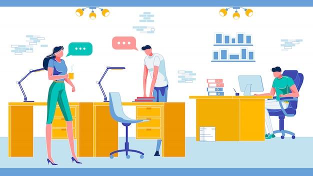 Local de trabalho de negócios compartilhados de coworking com trabalhadores.