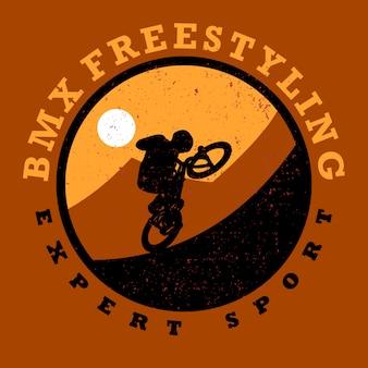 Logo design bmx freestyling especialista esporte com silhueta homem andando de bicicleta com cenário simples