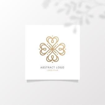 Logotipo abstrato na maquete de papel quadrada com folhas de sobreposições de sombras realistas