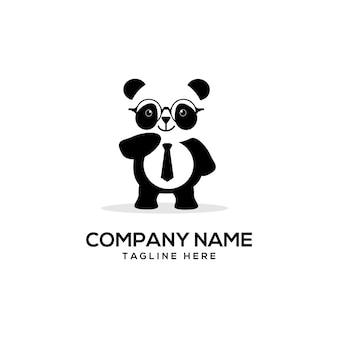Logotipo bonito de panda inteligente