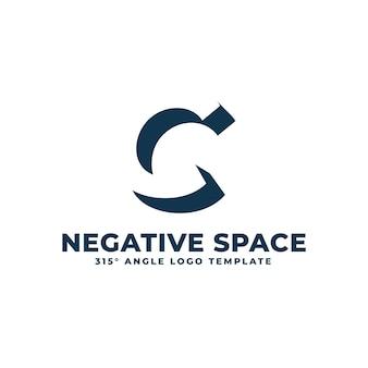 Logotipo c moderno espaço negativo limpo ilustração geométrica de letras