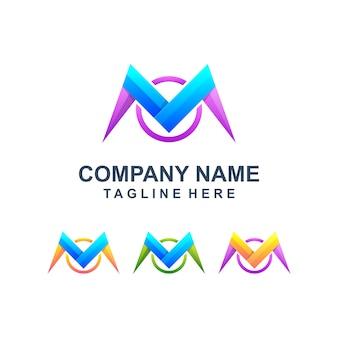 Logotipo colorido abstrato letra m